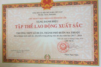 Trường THPT Lê Duẩn đạt Danh hiệu Tập thể LAO ĐỘNG XUẤT SẮC_Năm học 2017-2018